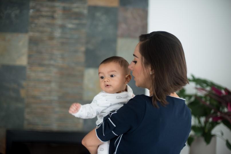 Studie: Ekonomické dopady mateřství na ženy i trh práce