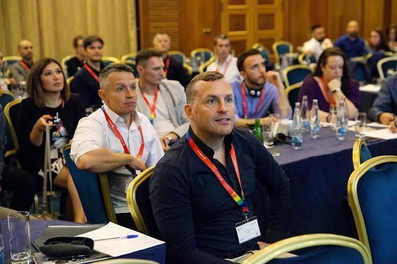 Jak na LGBT rovnost na pracovišti? Poradí Pride Business Forum!